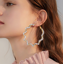 Load image into Gallery viewer, Twisted Hoop Earrings