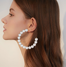 Load image into Gallery viewer, Big Pearl Hoop Earrings