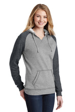 Load image into Gallery viewer, District ® Women's Lightweight Fleece Raglan Hoodie - Heathered Grey/ Heathered Charcoal