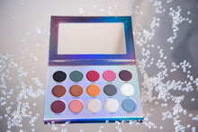 Load image into Gallery viewer, Eye shadow Palette |  Irish Cosmetics | Easy to blend eyeshadows