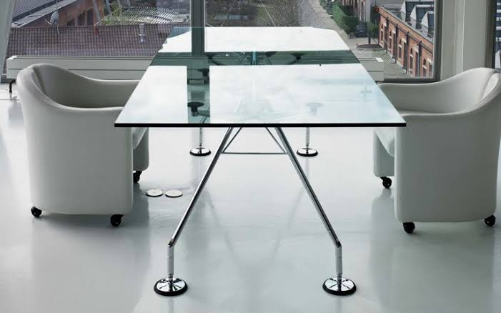 NOMOS Table - Sir Norman Foster