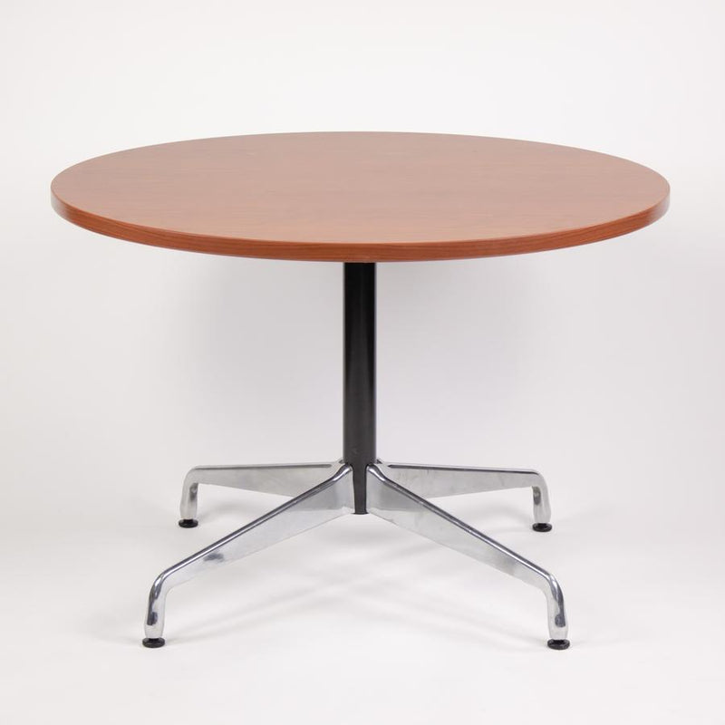 Walter Round Meeting Table
