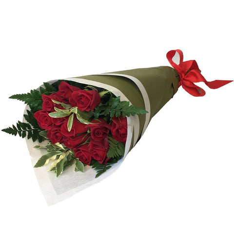Bouquet of 12 Long Stemmed Roses with Foliage