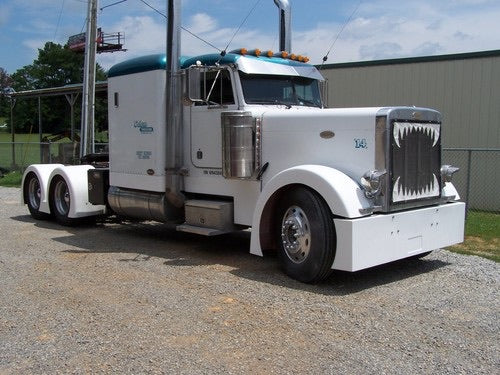 "Peterbilt Sleeper Panels 63"" 8"" with No Fairing"
