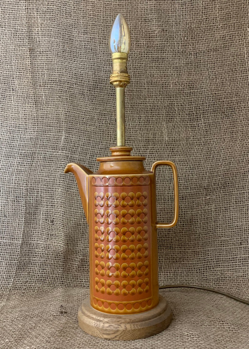 Hornsea Saffron Coffee Pot Table Lamp