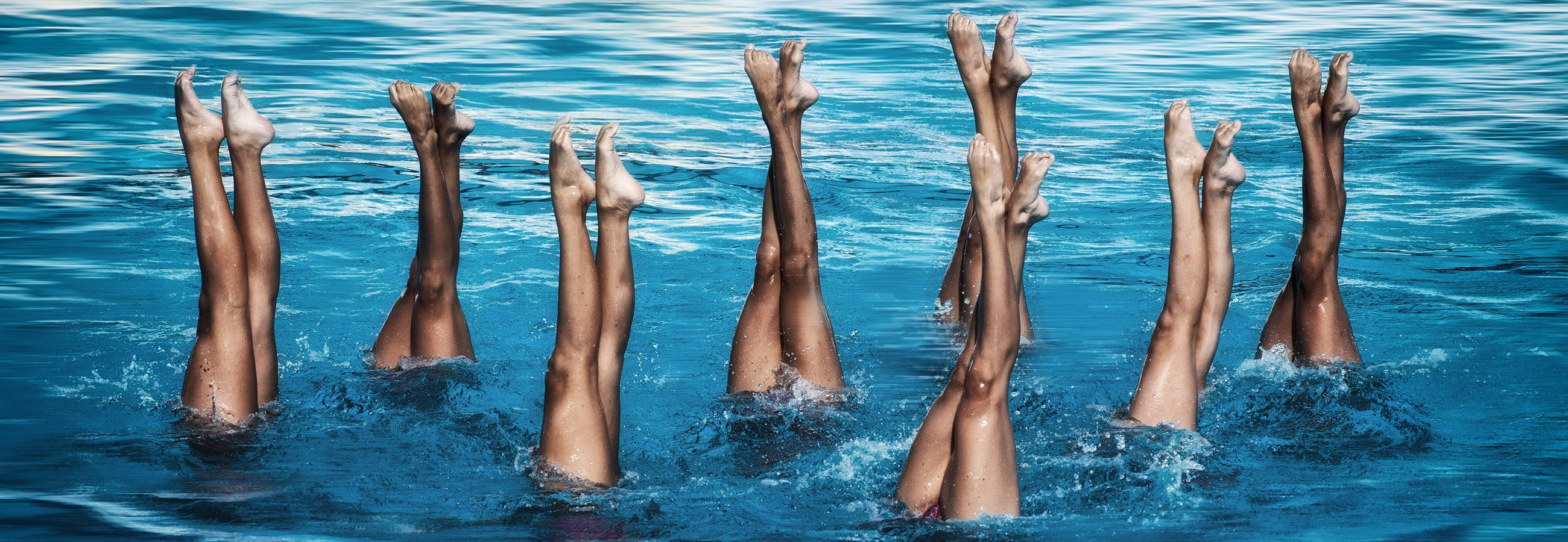 Artistic swimmers in the pool