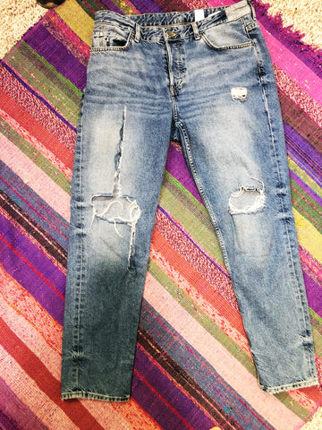 Fast Fashion Denim Isn't Meant to Last