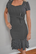 Load image into Gallery viewer, Houndstooth Short Sleeve Ruffles Dress