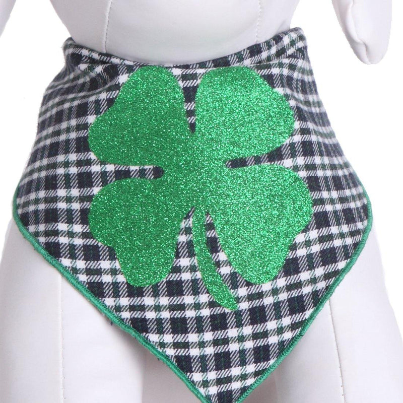 Green Glitter Clover on Plaid