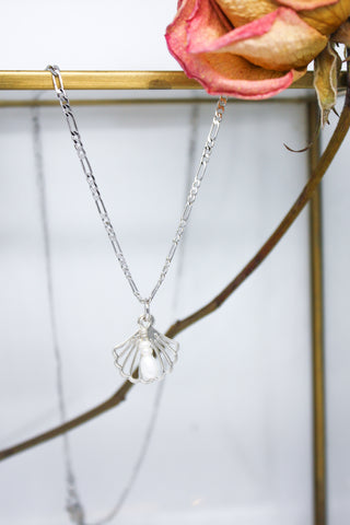 Atlantis Necklace White Gold