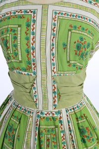 Vintage 1950s original green floral print cotton dress UK 12 US 8 M