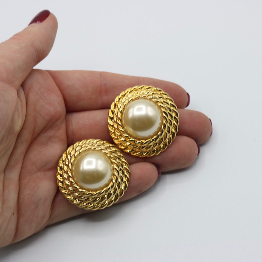 Vintage 1980s original statement faux pearl goldtone clip earrings