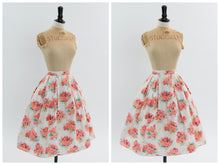 Load image into Gallery viewer, Vintage 1950s original Fespa Fashions floral print cotton skirt UK 6 US 2 XS