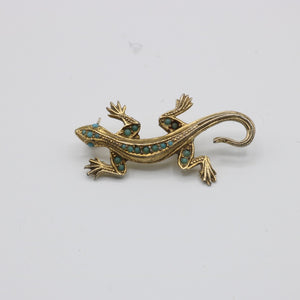 Vintage c 1950s lizard brooch inset w turquoise coloured stones