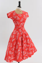 Load image into Gallery viewer, Vintage 1950s original tulip print dress by Horrockses fashions with matching bolero UK 6 US 2 XS