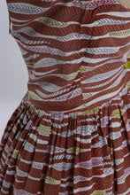 Load image into Gallery viewer, Vintage 1940s 1948 Horrockses Fashions cotton dress with Alastair Morton feather print UK 6 8 US 2 4 XS