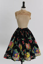 Load image into Gallery viewer, Vintage 1950s original fruit and chianti wine print cotton skirt by Etita UK 8 US 4 S