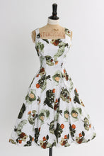 Load image into Gallery viewer, Vintage 1950s original cotton dress novelty rose print by Alma Leigh uK 8 US 4 S