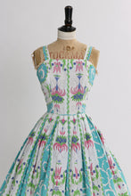 Load image into Gallery viewer, Vintage 1950s original novelty print cotton dress UK 6 8 US 2 4 XS S