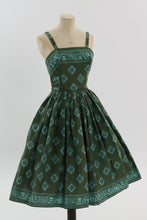 Load image into Gallery viewer, Vintage 1950s original Greta Plattry novelty print cotton dress c 1956 UK 6 US 2 XS