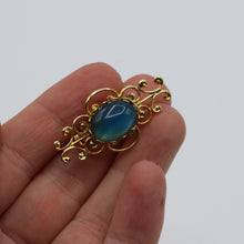 Load image into Gallery viewer, Vintage c 1950s 1960s beautiful gold tone metal and blue glass brooch