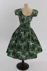 Vintage 1950s original green floral print cotton dress by California Cottons UK 6 8 US 2 4 XS