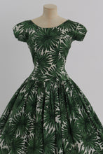 Load image into Gallery viewer, Vintage 1950s original green floral print cotton dress by California Cottons UK 6 8 US 2 4 XS