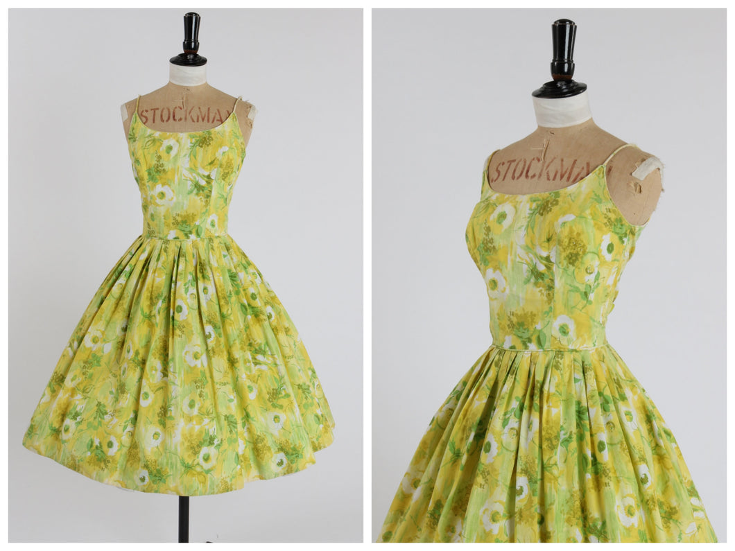Vintage original 1950s cotton floral print sun dress by Cover Girl of Miami UK 6 8 US 2 4 XS S