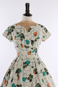 Vintage original 1950s floral rose novelty print signature dress by Jacqmar UK 6 US 2 XXS XS