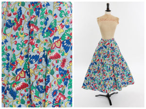 Vintage original 1950s novelty butterfly print cotton circle skirt with pockets UK 8 US 4 S