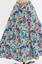 Load image into Gallery viewer, Vintage original 1950s novelty butterfly print cotton circle skirt with pockets UK 8 US 4 S