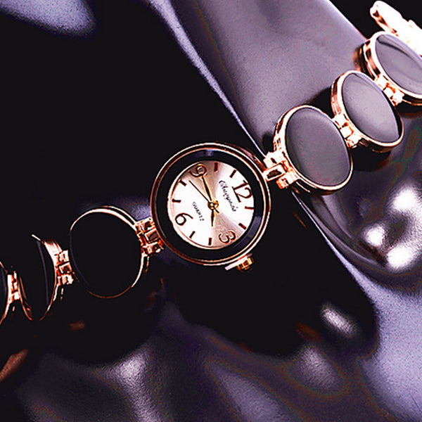 Women Watch Ladies Nobler Fashion Casual 5 Colors Wafer Design Round Dial Bracelet Watch Mujor Quartz Wristwatch Female Relojes
