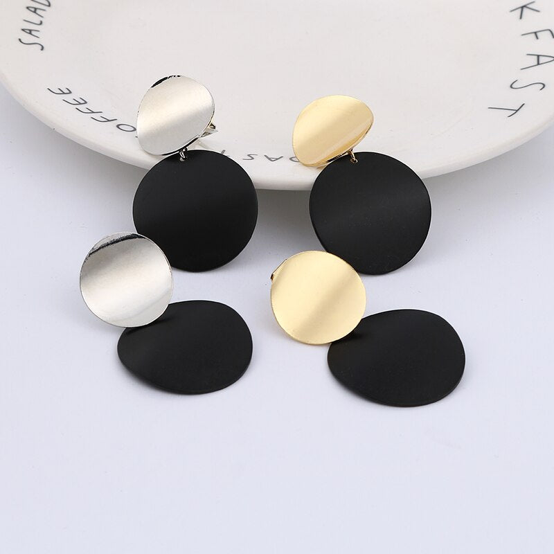 2019 Fashion Non Pierced Clip On Earrings Gold Black Metal Round Disc Statement Ear Clips for Women Bijoux Brincos Party Gift