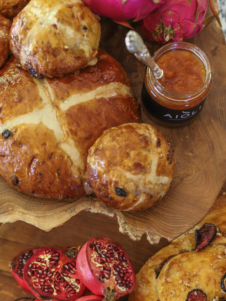 Aioli - Bread recipe with Salted Caramel and Apricot Almond Jam