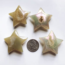 Load image into Gallery viewer, Quartz crystal star with aura coating