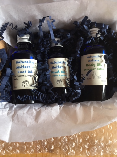 Gift box with three blended oils (hands, feet and body)