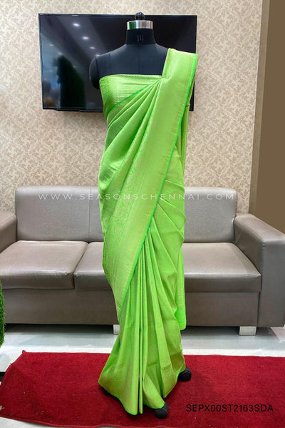 Green Zari Patterned Banarasi Ark Silk Saree - View 1