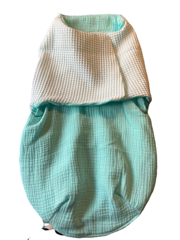Swaddle of inbakerdoek baby