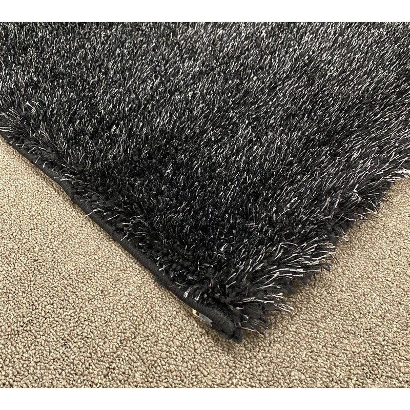 A HALLWAY RUNNERS | FASHION SHAGGY PLAIN BLACK | Quality Rugs and Furniture