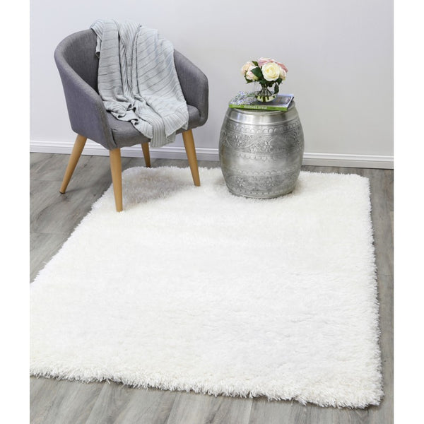 A RUG | FLOKATI 80062 WHITE | Quality Rugs and Furniture