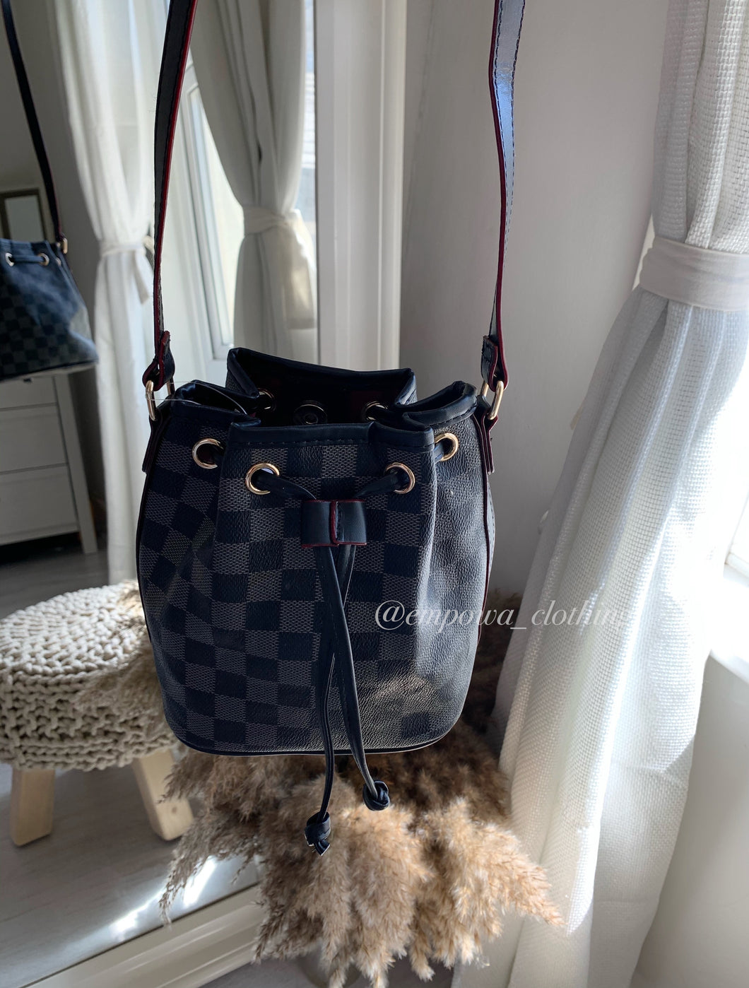 PARIS MINI BUCKET BAG