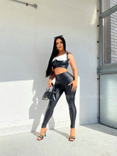 Load image into Gallery viewer, RIRI PU LEATHER CROP TOP