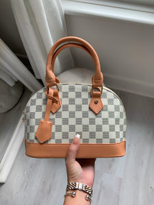 LA MINI TOTE BAG