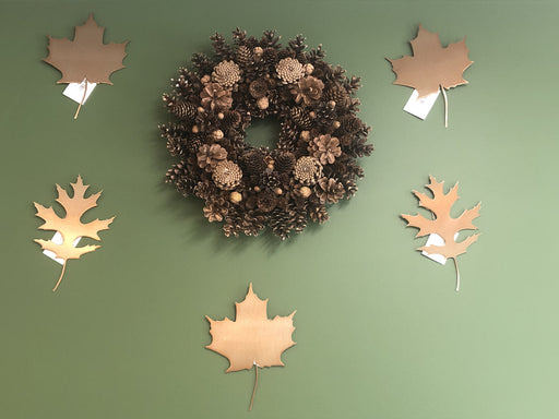 Sugar Maple and Upland Pin Oak Leaf Wall Art with Wreath