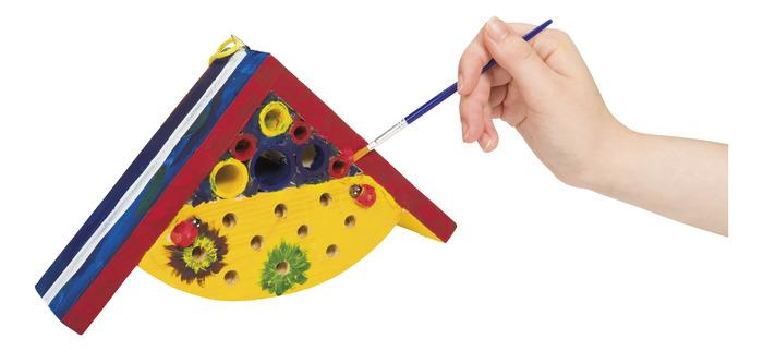 Paint a bug house kit