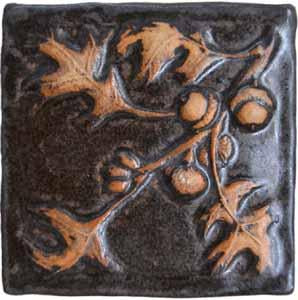 Oak leaf and acorn tile