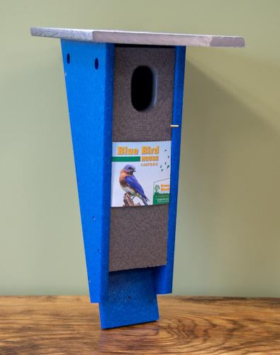 Green Meadow Peterson Bluebird House