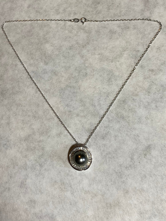 12mm Black Pearl Crystal Pendant