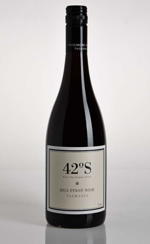 42 Degrees South Pinot Noir 2018
