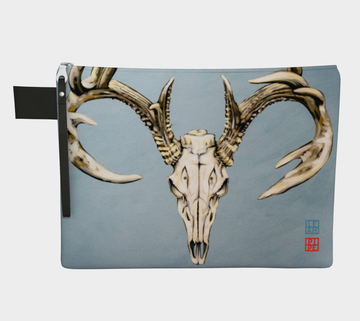 Carry-all zipper pouches featuring printed animal skull artwork from talented Canadian artist Leah Pipe. Denim-lined carry-alls come in 4 handy sizes to make toting and organizing almost anything effortless.